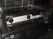 Used APW-WYOTT 36 inch griddle
